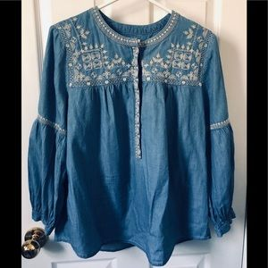 Denim blouse with 3/4 sleeves